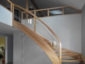 entreprise escalier bois sur mesure spittler menuiserie bois sierentz haut rhin 68 - Nos artisans ont du Talent