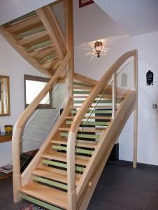 escalier design en bois sur mesure spittler menuiserie bois sierentz haut rhin 68 - Nos artisans ont du Talent