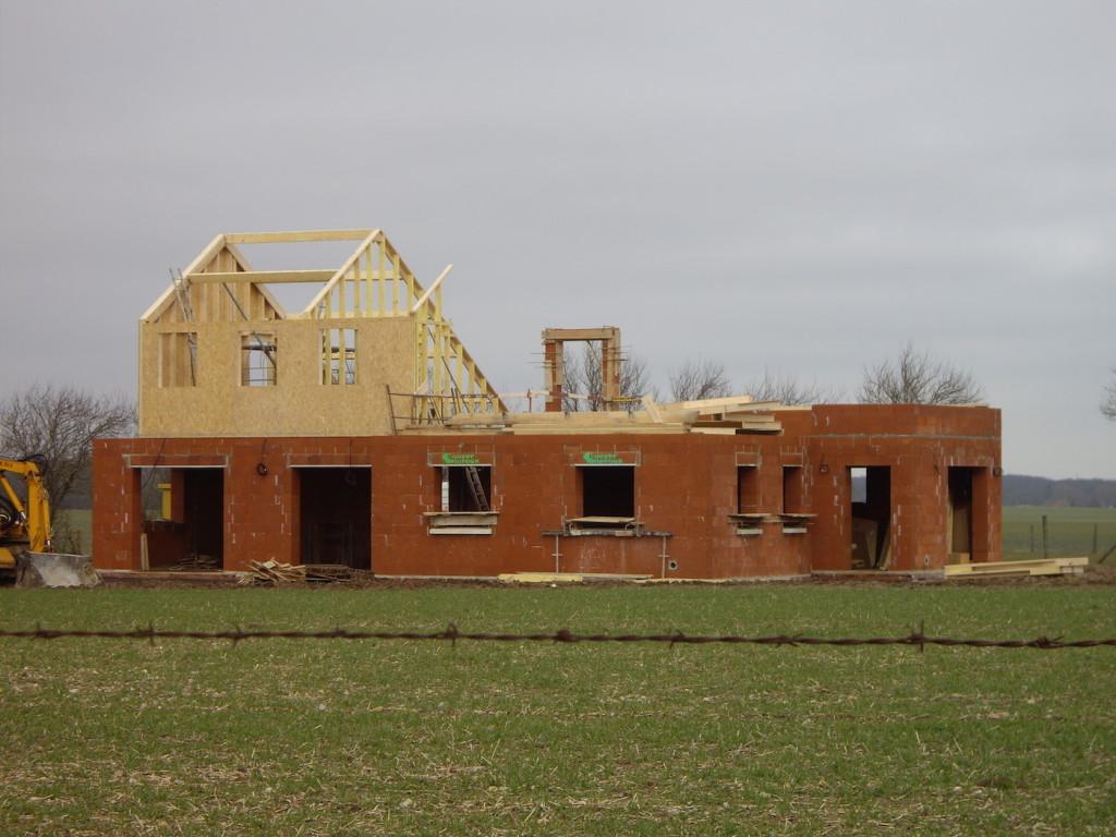 Constructeur maison eure et loir for Constructeur maison ecologique