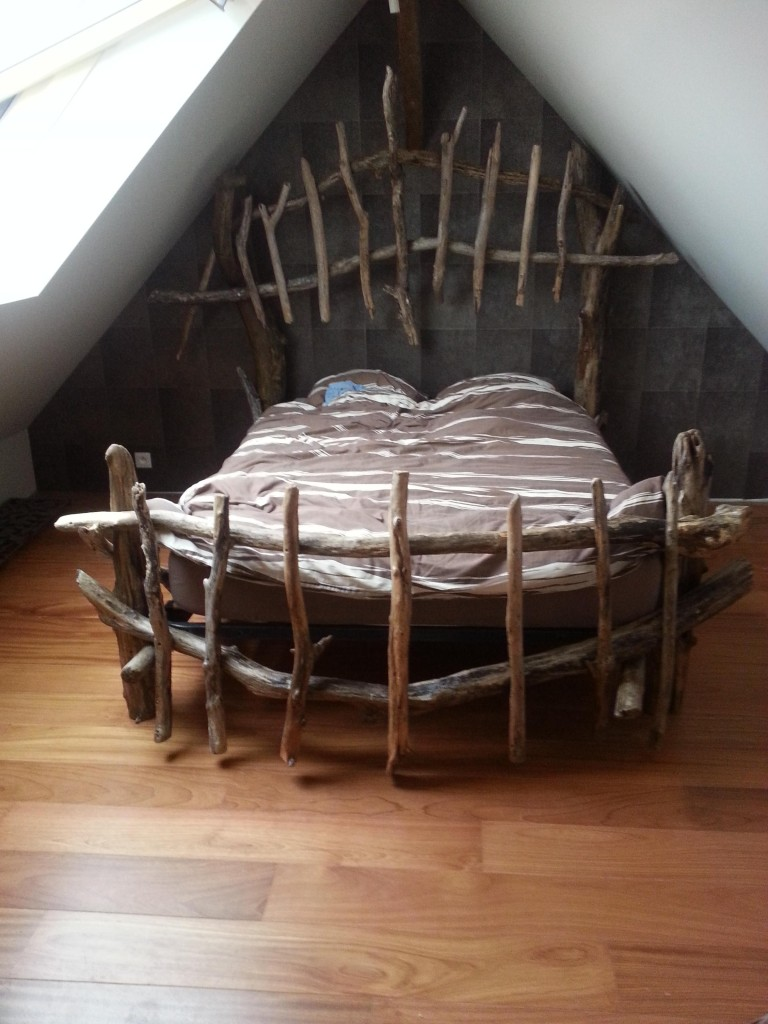 ponage bois trendy patiner ou cruser des meubles ou objets en bois le jardin de l with ponage. Black Bedroom Furniture Sets. Home Design Ideas