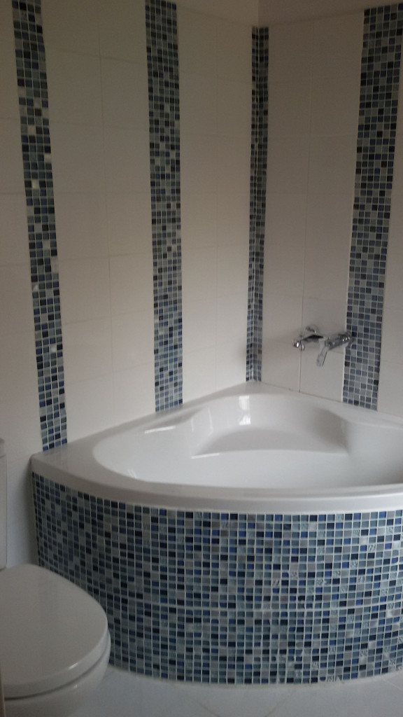 Bricolage beziers affordable barrier fflorent with for Cash piscine herault